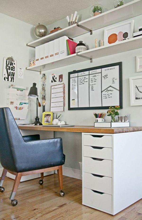 despachos pequeños en casa con repisas