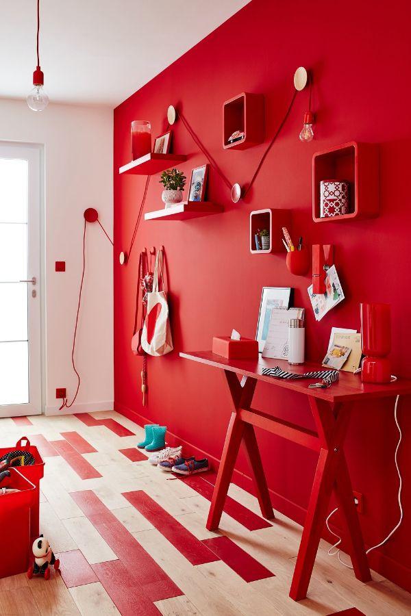 dormitorios con paredes rojas decoración