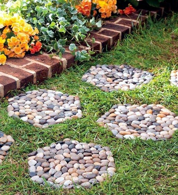ideas de jardines con piedras de rio