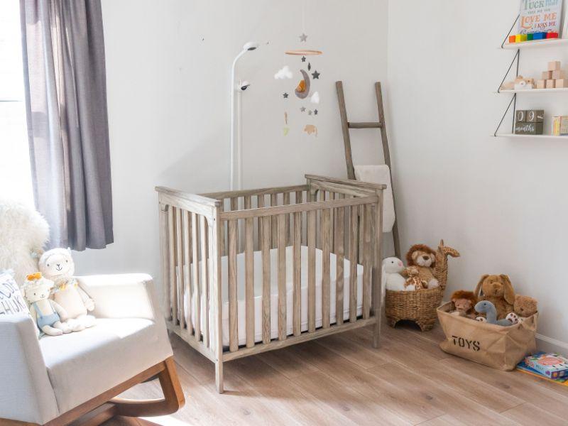 como decorar el cuarto de mi bebe en un espacio pequeño