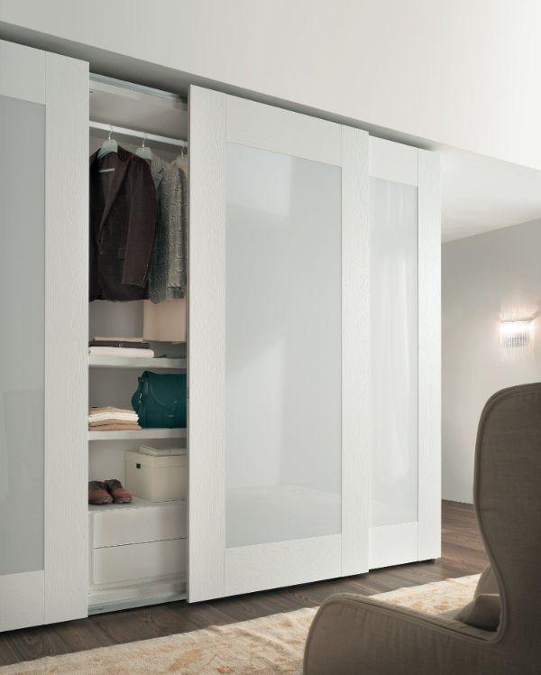 puertas modernas para closet en tonos blancos