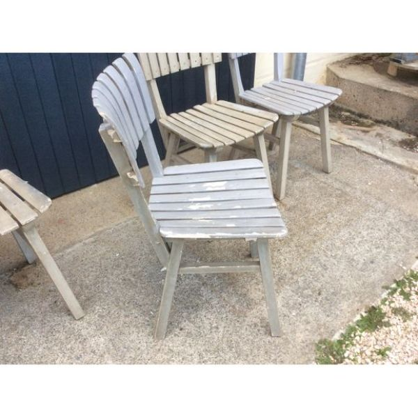 sillas de madera para jardin vintage desgaste